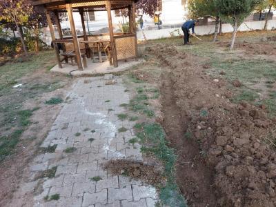 Zara Belediyesi Park ve Bahçeler Müdürlüğü Ekiplerimiz Tarafından Otomatik Sulama Sistemi Yapım Çalışmalarımız Başlamıştır.